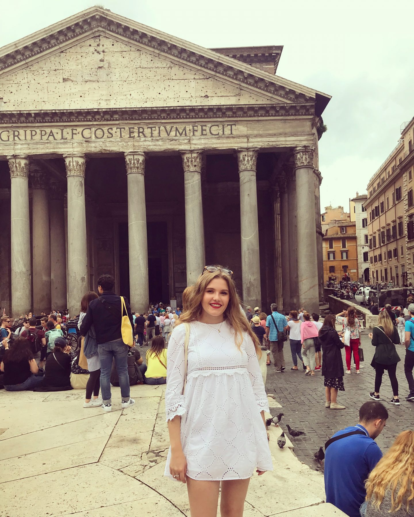 Pantheon Rome Tourist